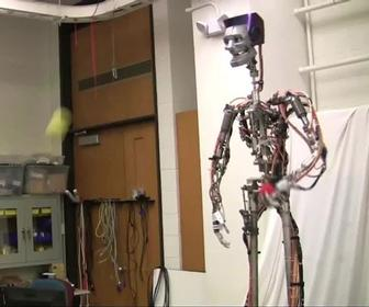 Disney Research hacks Kinect to let robot juggle and catch