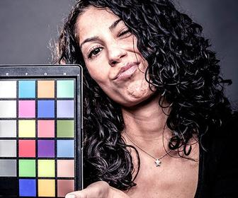 >> Learn how to make your monitor display colours accurately