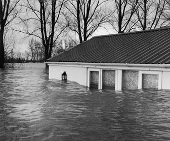 Shocking UK flood photography to captured by Matilda Temperley